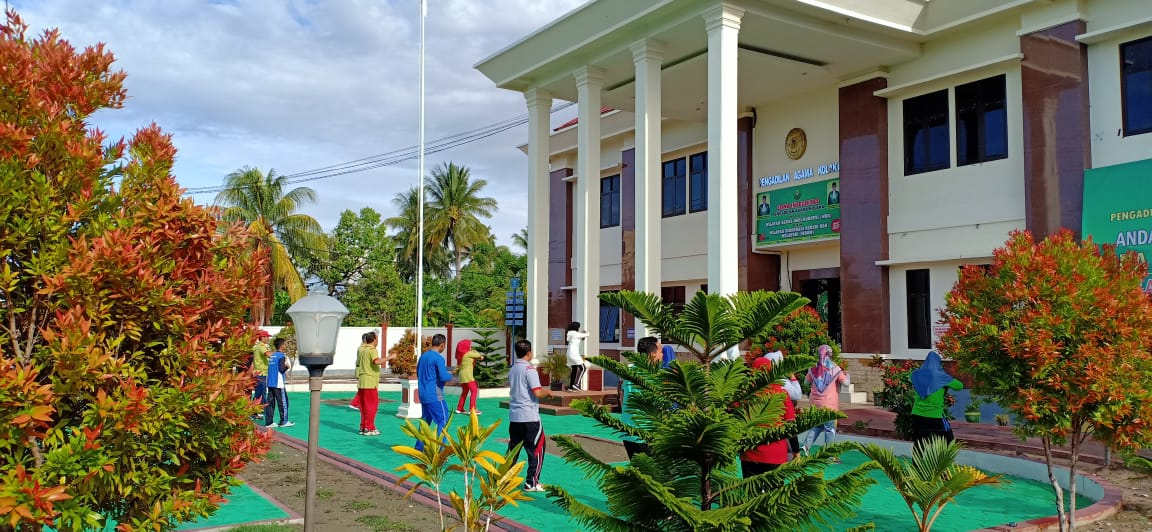 Pengadilan Agama Kolaka Gelar Senam Pagi Perdana Tahun 2020